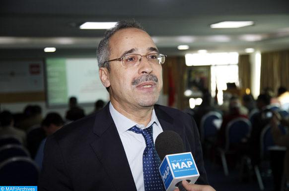 """Le directeur de l'Institut marocain de normalisation (IMANOR), Abderrahim Taib, donne, mardi (24/01/17) à Rabat, une déclaration à la MAP, en marge d'un séminaire sous le thème """"l'Empreinte Eau, un outil d'évaluation et de contribution au développement durable""""."""