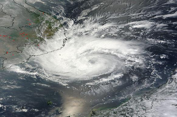 typhon Pakhar
