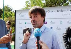 """Le militant écologiste français Nicolas Hulot, donne lundi (17/10/16) à Rabat, une déclaration à la presse en marge de la première édition des """"Entretiens de Rabat""""."""