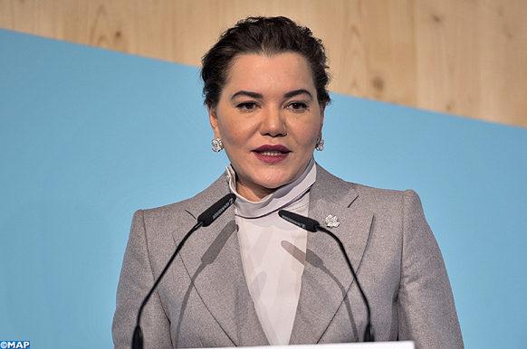 SAR la Princesse Lalla Hasnaa, Présidente de la Fondation Mohammed VI pour la Protection de l'Environnement, prononçant,  jeudi (16/11/17) à Bonn, un discours à l'occasion de l'ouverture de la Session de haut niveau de la Journée Education de la COP 23.