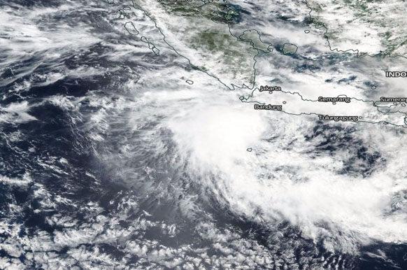 cyclone Tembin Indonesia