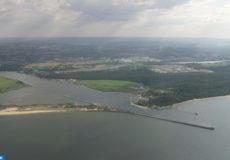 379471009-afflux-vistule-embouchure-de-fleuve-horizon-terrestre-copier