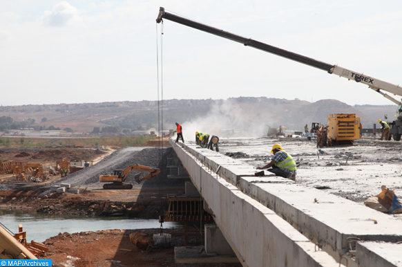 Etat d'avancement  des travaux de construction de la rocade urbaine n2 reliant Rabat et Salé,  qui s'étend sur 6km depuis l'avenue Tadla jusqu'à la route El Oulja