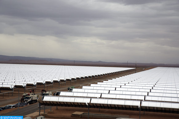 (07/11/16) au complexe d'énergie solaire Noor à Ouarzazate
