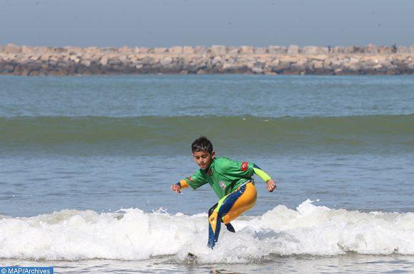 L'Association Nautique Surf, culture et environnement  (ANSCE), a organisé le week-end dernier (11-12 mars) sur la plage de Rabat, un tournoi de surf pour les 7-14ans à l'occasion de la célébration du 10eme anniversaire de SAR la Princesse Lalla khadija