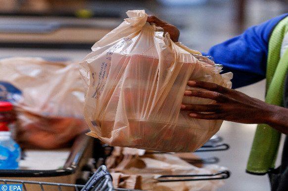 loi sur l'interdiction du plastique