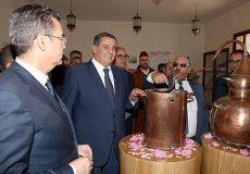 Le ministre de l'Agriculture, de la pêche maritime, du développement rural et des eaux et forêts, Aziz Akhannouch, a présidé mercredi (24/04/19) à Kelaât M'Gouna (province de Tinghir), la cérémonie d'inauguration de la Maison de la Rose à parfum.