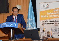 Le ministre de l'Equipement, du Transport, de la Logistique et de l'Eau, Abdelkader Amara, intervenant, lundi (13/05/19) au siège de l'Unesco à Paris, lors de l'ouverture d'une conférence de haut niveau sur le défi de l'accès à l'eau.