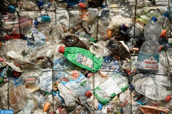 الحكومة الكندية تعلن عن تحديات جديدة في مجال الحد من استخدام المواد البلاستيكية