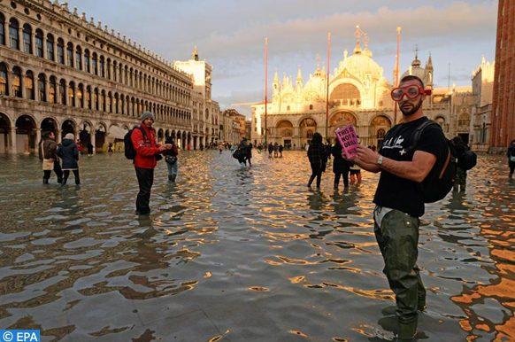 l'UNESCO suit de près la situation du patrimoine mondial (Venise)
