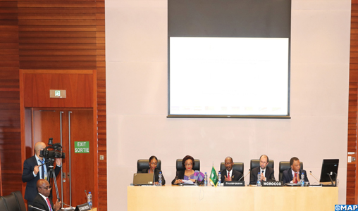 En marge du 33e sommet de l'Union africaine, un  side-event se tient pour le Lancement de la Commission climat des États insulaires d'Afrique et ce avec la participation du ministre délégué auprès du ministre des Affaires étrangères, de la Coopération africaine et des Marocains résidant à l'Etranger, Mohcine Jazouli. S.E Josefa Leonel CORREIA SACKO , Commissaire de l'Economie Rurale et Agriculture à la Commission de l'Union Africaine, de ministres ainsi que de hauts responsables africains. 09022020 -  Addis-Abeba