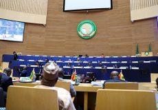La 33e session ordinaire de l'Assemblée de l'Union africaine (UA) sous le thème «Faire taire les armes : créer des conditions propices au développement de l'Afrique» s'est achevée lundi soir au siège de l'UA à Addis-Abeba, capitale éthiopienne. Pendant deux jours, les chefs d'Etat et de gouvernement africains se sont échangés sur divers sujets dont les situations en Lybie et au Sahel.  10022020 - Addis-Abeba